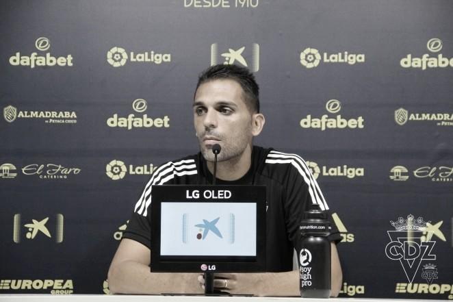 """Roberto Perera: """"El domingo es un partido de mucha dificultad contra uno de los mejores de Europa"""""""