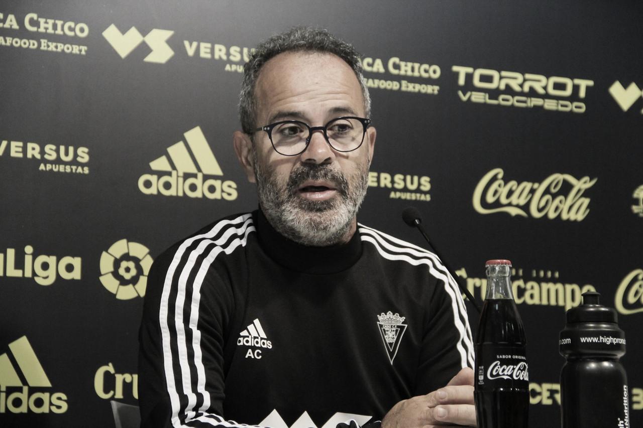 Álvaro Cervera durante una rueda de prensa | Cádiz CF