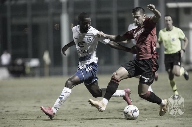 El Tenerife cae ante el Mallorca en los minutos finales (2-0)