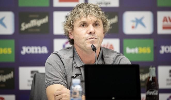 Iker Dorronsoro, durante su comparecencia mediática | Fuente: www.sdeibar.com