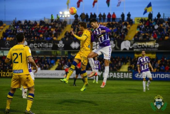 Alcorc n y valladolid a oran los goles - Sergio vega fotografo ...