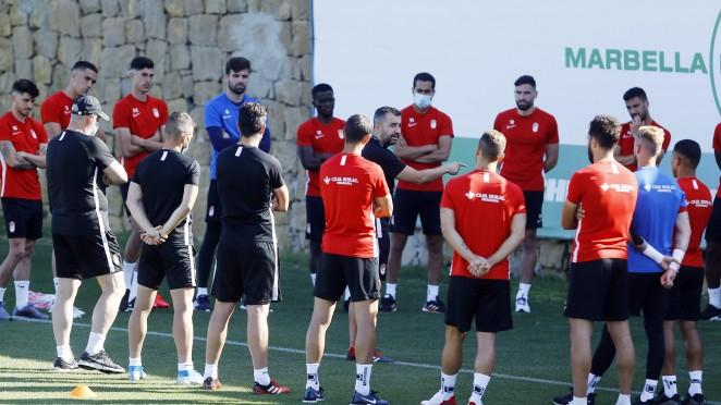 El Granada CF perfila una pretemporada atípica