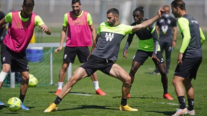 El Granada CF regresa al trabajo y ya piensa en el Betis