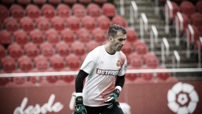 Manolo Reina amplía su contrato hasta 2022