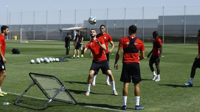 El Granada CF se prepara para visitar al Alavés y recibir al Valencia
