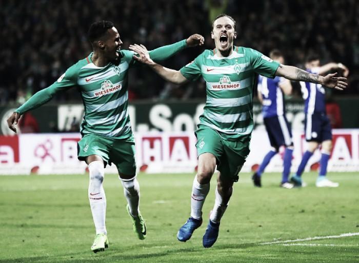 Werder Bremen bate Schalke 04 e se afasta da zona de rebaixamento