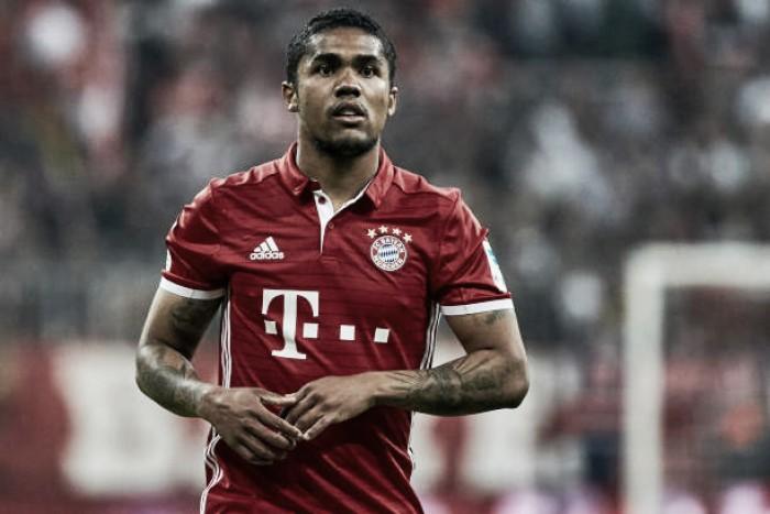 Juventus chega a acordo com Bayern de Munique por Douglas Costa