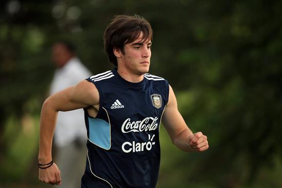 Tagliafico y Jonathan Gómez ponen rumbo al Real Murcia