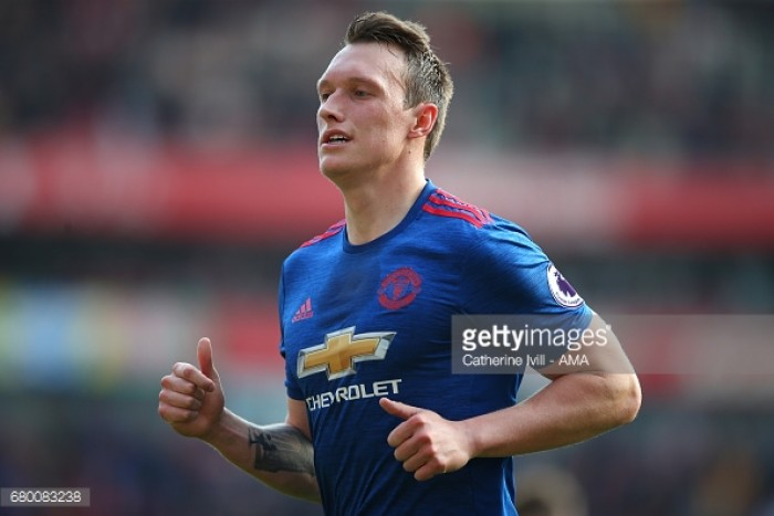 Phil Jones admits he spoke to José Mourinho after Manchester United secured Victor Lindelöf deal