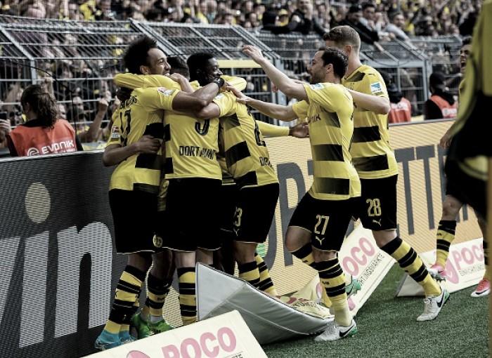 Borussia Dortmund vence Werder Bremen em jogo eletrizante e garante vaga direta à UCL