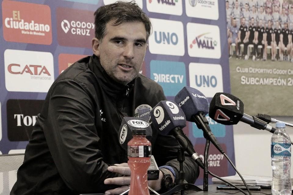 """Javier Patalano: """"La estimulación de los futbolistas depende de los resultados"""""""