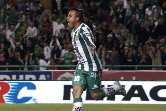 León apaga a Toluca en el Nou Camp
