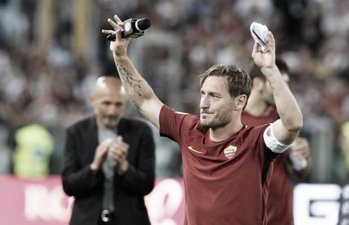 Ex-técnico da Roma, Spalletti revela que Totti 'não conseguia correr' em seus últimos jogos