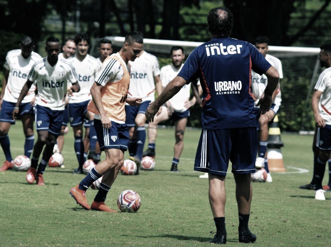 Cuca prioriza finalização em treino do São Paulo