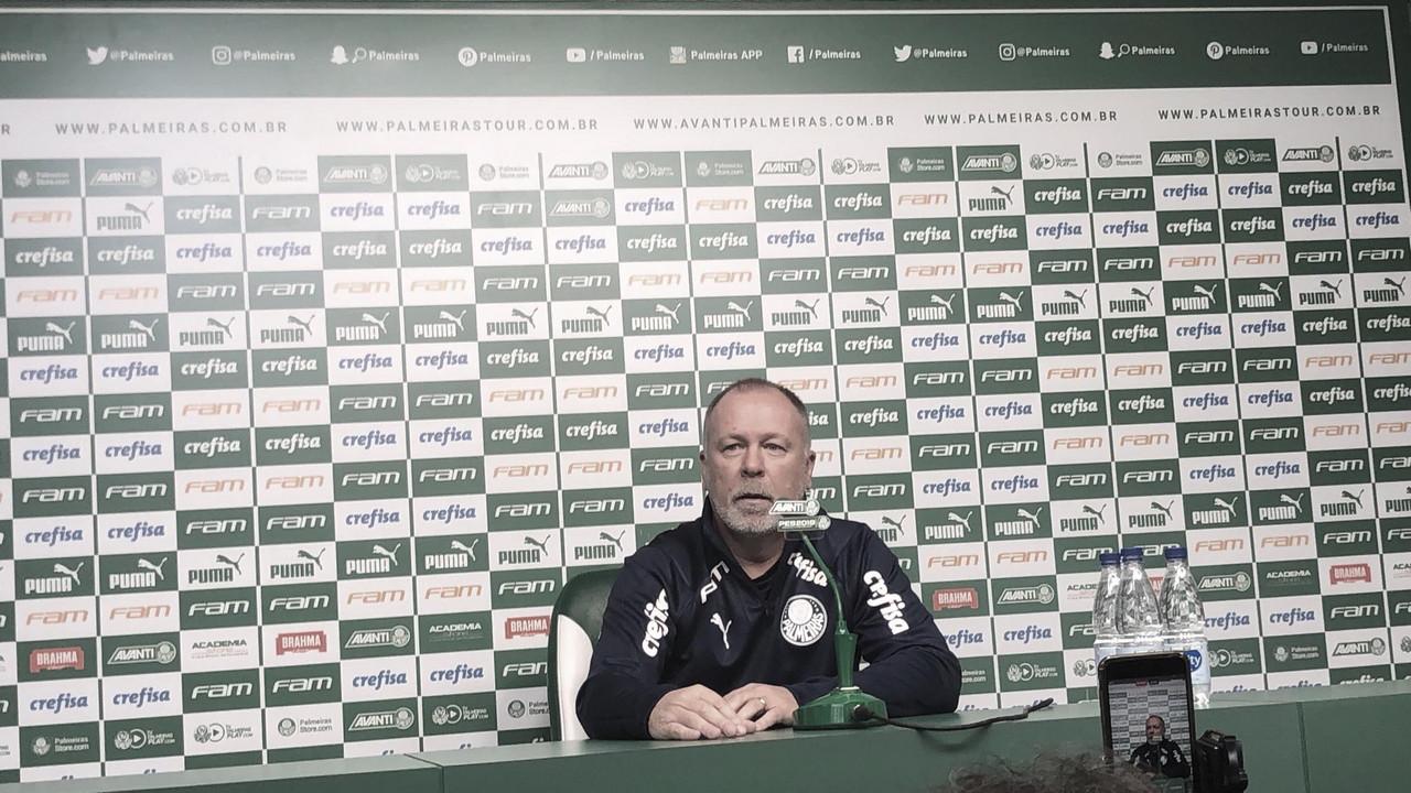 """Apresentado, Mano Menezes revela sentimento em assumir o Palmeiras: """"Situação especial"""""""