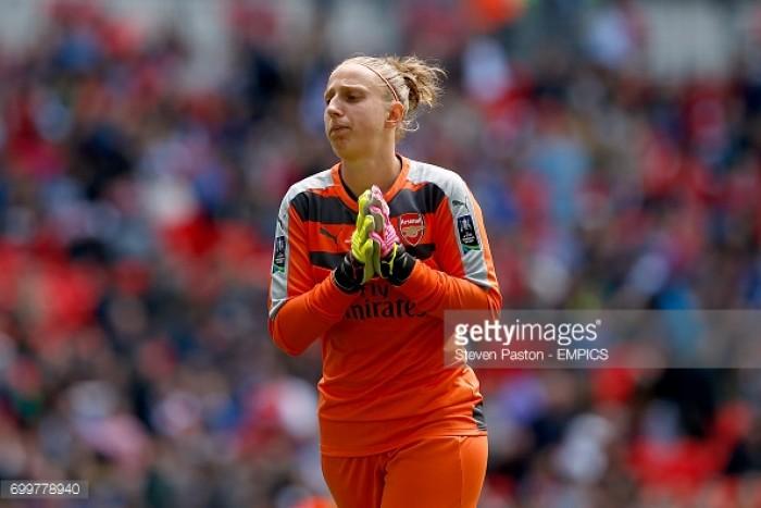 Sari Van Veenendaal extends with Arsenal