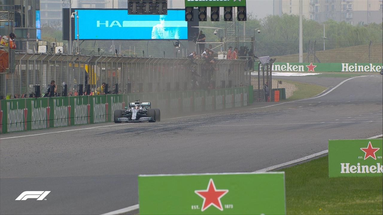 GP Cina - In trionfo Hamilton. Altra doppietta Mercedes