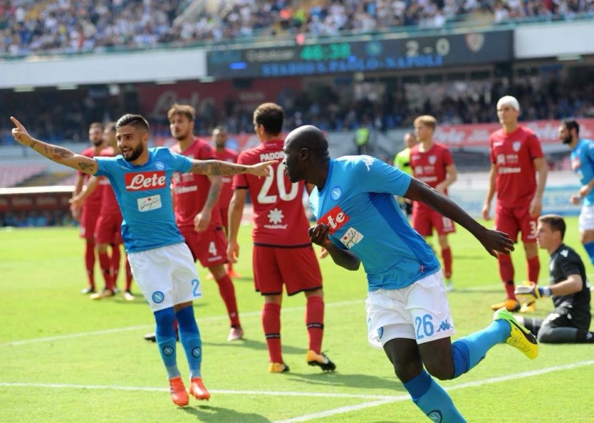 Serie A: Napoli, manita al Cagliari e vetta a +4 da Juve