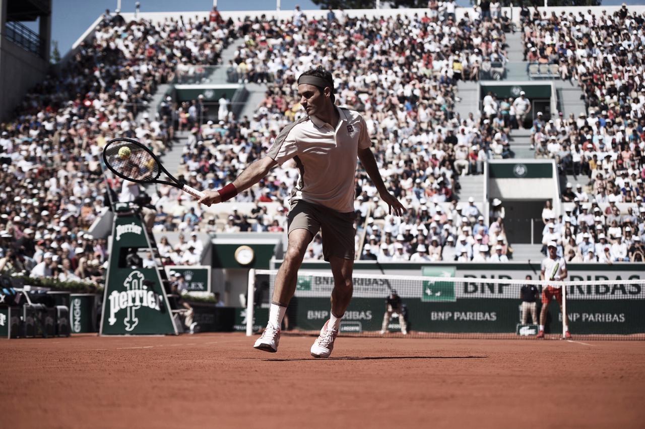 Seguro, Federer supera Ruud e está nas oitavas de Roland Garros