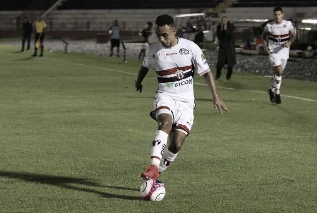 Botafogo-SP e Vitória estreiam na Série B visando recomeço na temporada