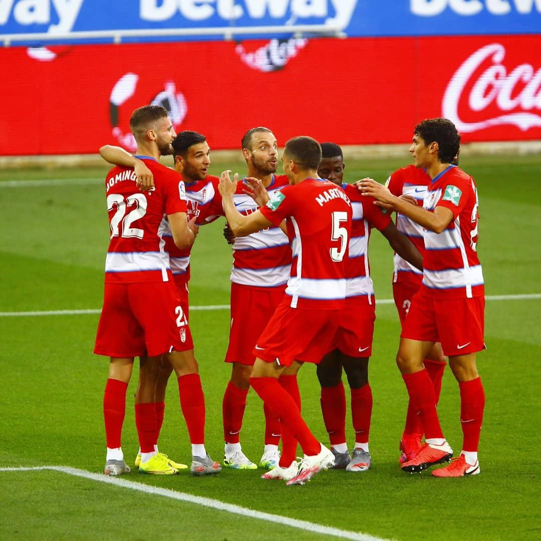 El Granada CF encadena cinco partidos sin perder fuera por primera vez en Primera