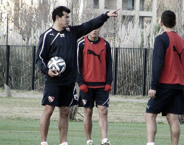 """Almirón: """"Quiero que los jugadores estén tranquilos"""""""