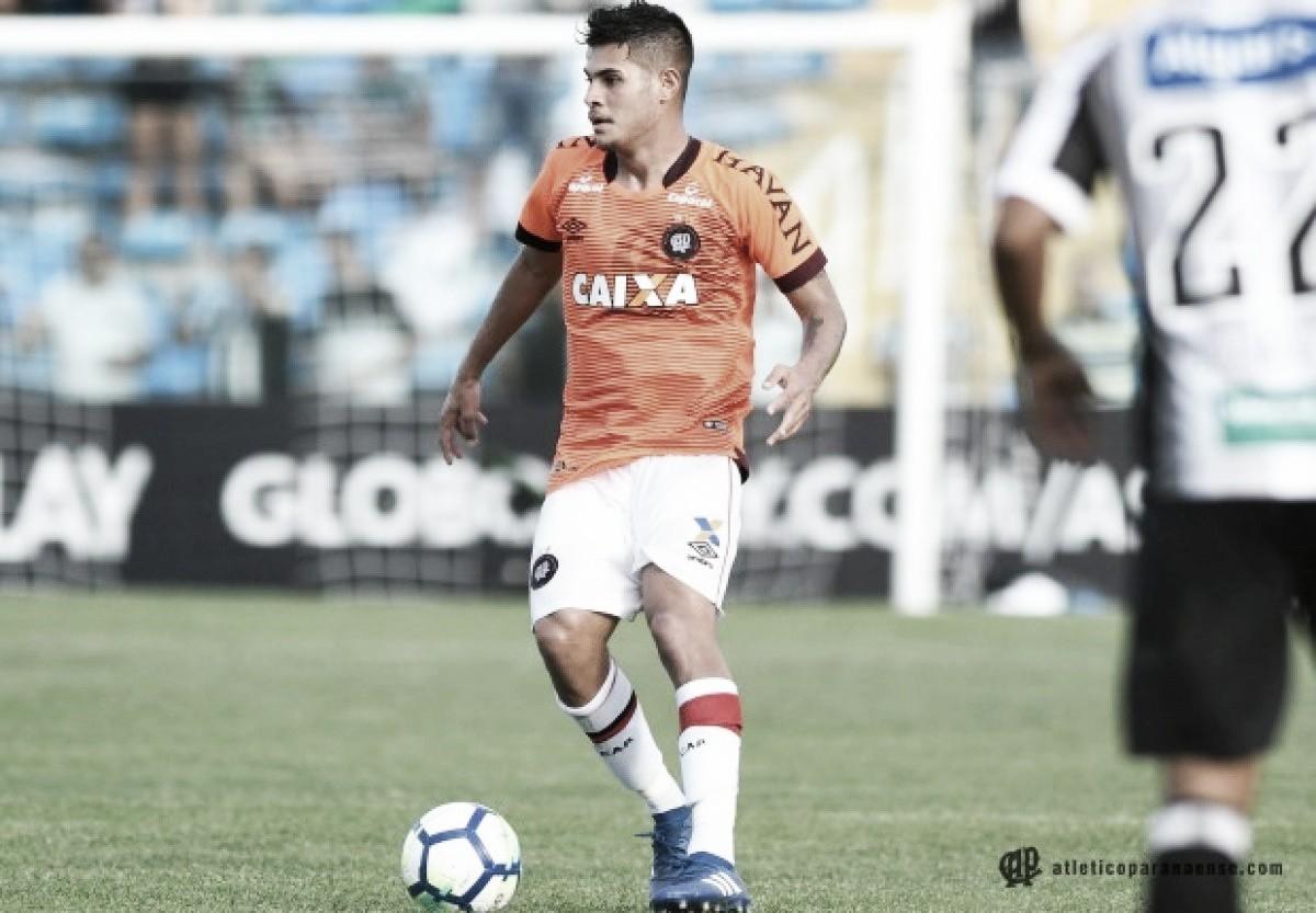 Em partida dos desesperados, Ceará e Atlético-PR empatam sem gols em Fortaleza
