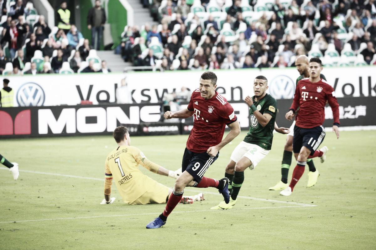 Lewandowski marca dois, Robben é expulso e Bayern bate Wolfsburg fora de casa