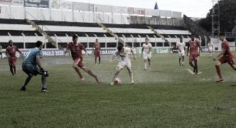 Classificados no Grupo 7, Internacional e Capivariano ficam no empate sob forte chuva