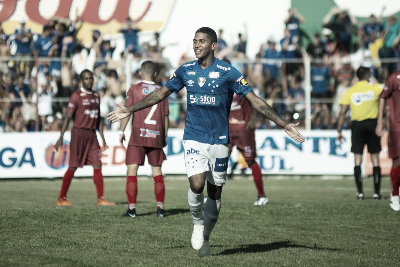 Com pé direito! Raniel marca dois, e Cruzeiro vence Guarani pelo Campeonato Mineiro