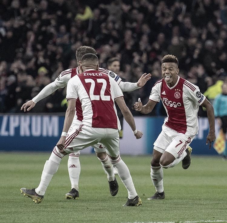 Em boa fase, Ajax corre o risco de perder grande parte do elenco ao fim da temporada