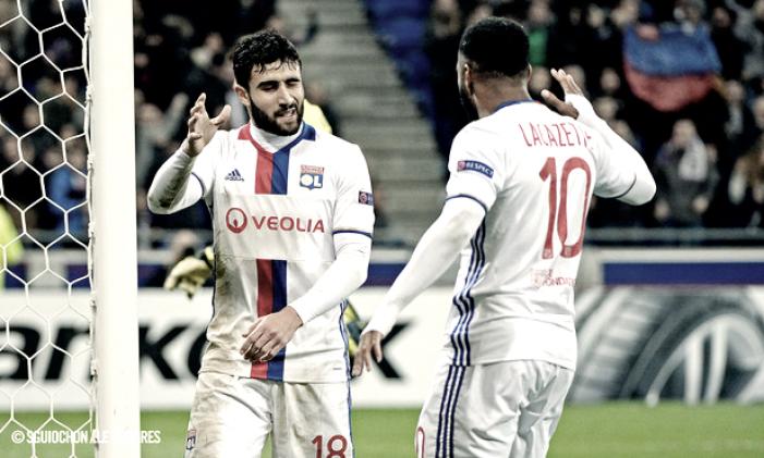 El Lyon se impone en un homenaje al fútbol de ataque