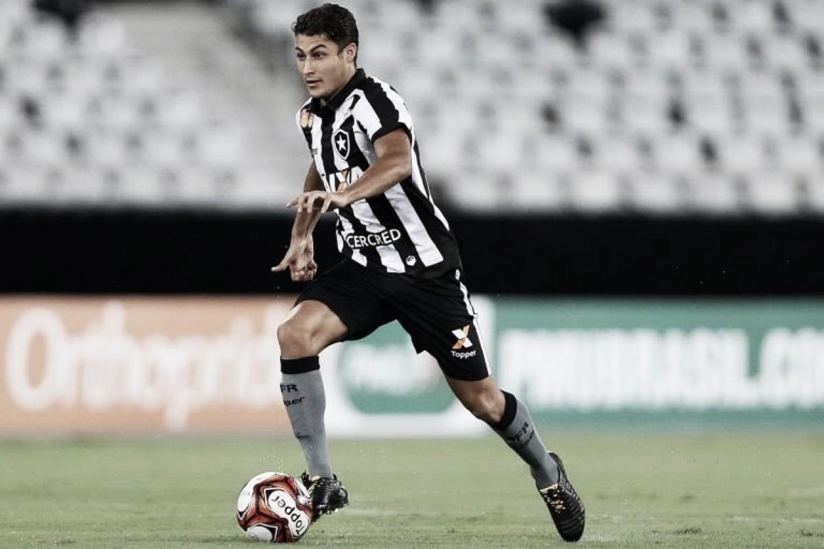 Marcinho lamenta empate contra o Cruzeiro, mas garante que não faltou vontade do Botafogo