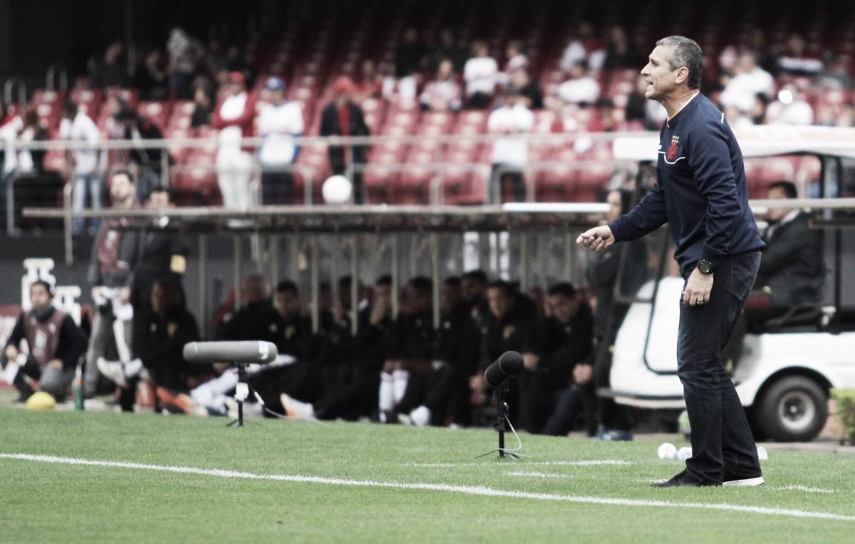 """Jorginho demonstra decepção com derrota do Vasco: """"Tirar lições"""""""