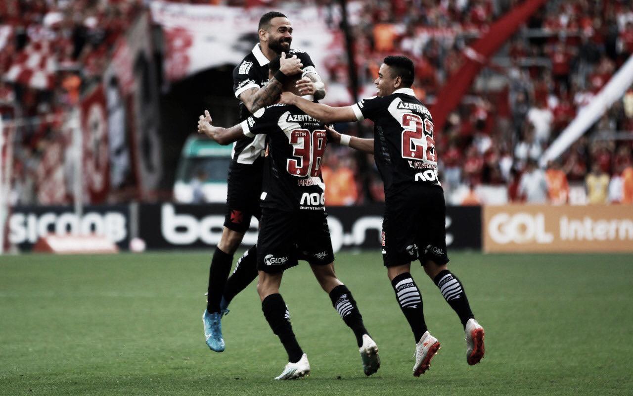 Com gol de Marrony, Vasco volta a vencer o Internacional no Beira-Rio e quebra jejum de 12 anos