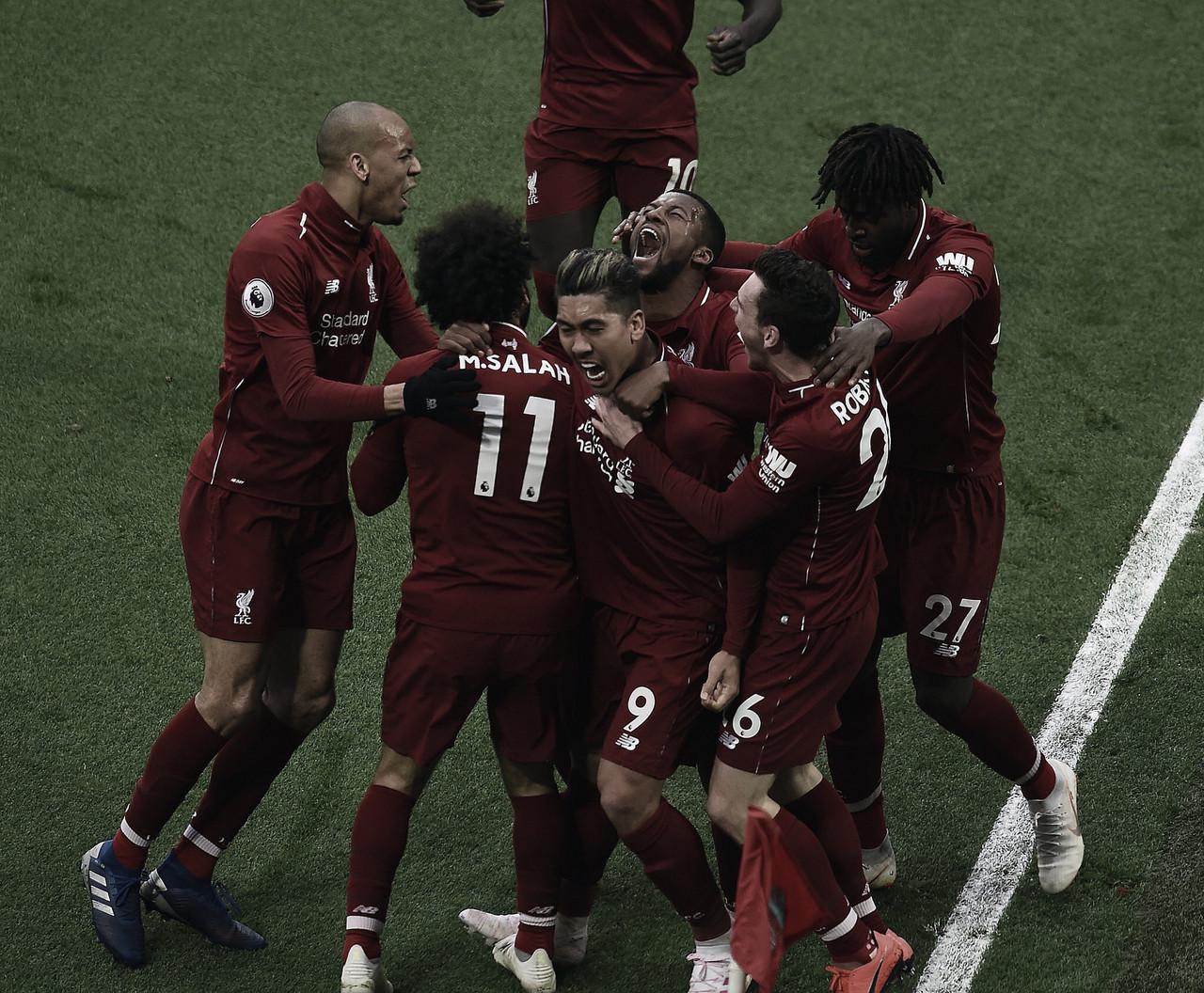 Liverpool vence Tottenham e reassume liderança da Premier League