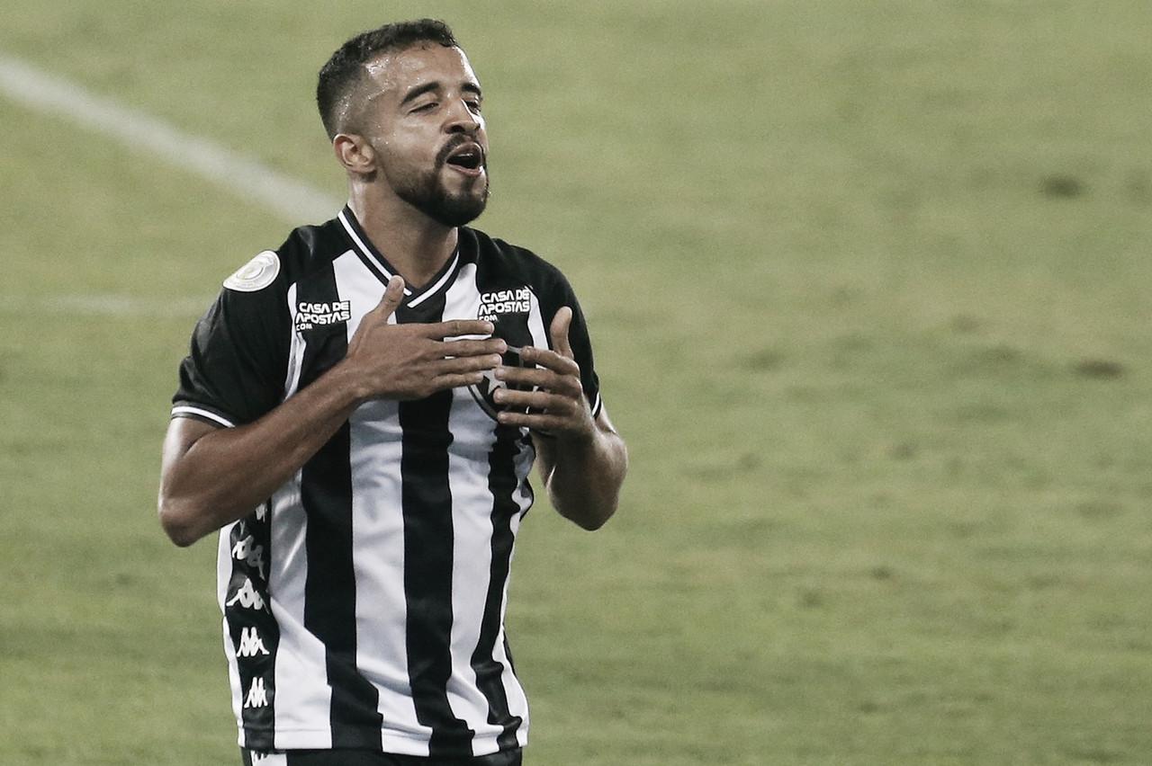 """Ex-Botafogo, Caio Alexandre é apresentado no Vancouver Whitecaps: """"Extremamente feliz"""""""