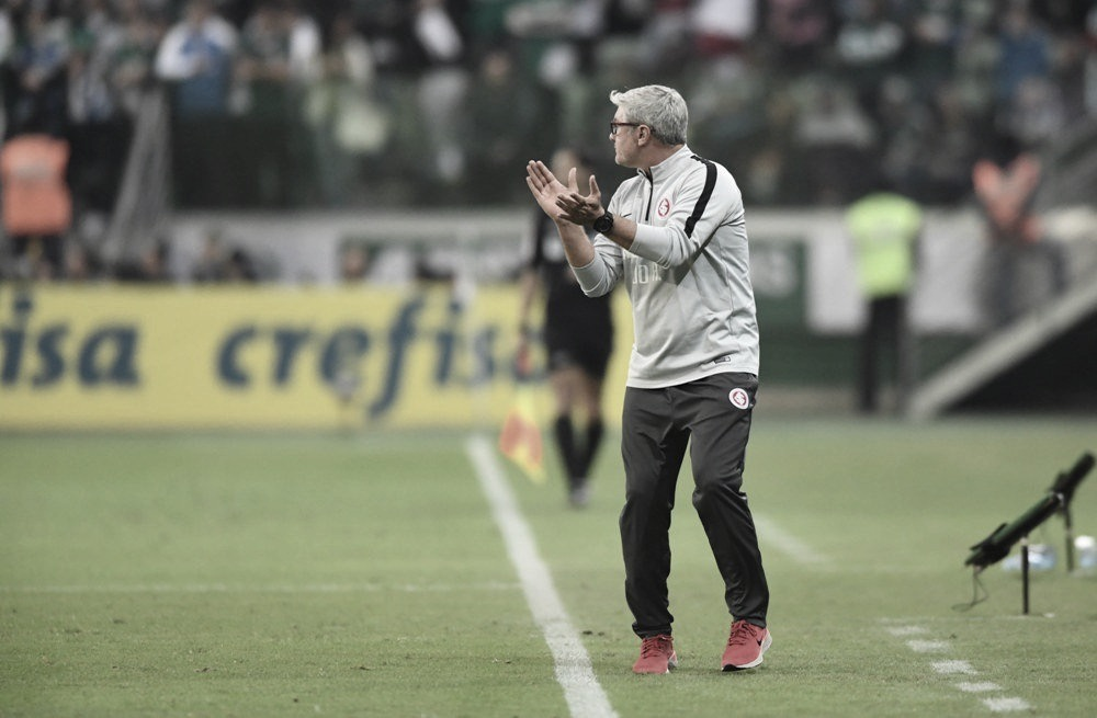 """Apesar da derrota, Odair acredita que classificação está indefinida: """"No Beira-Rio, somos muito fortes"""""""