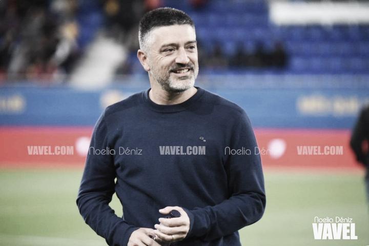 """García Pimienta: """"Gustavo Maia es una esponja"""""""