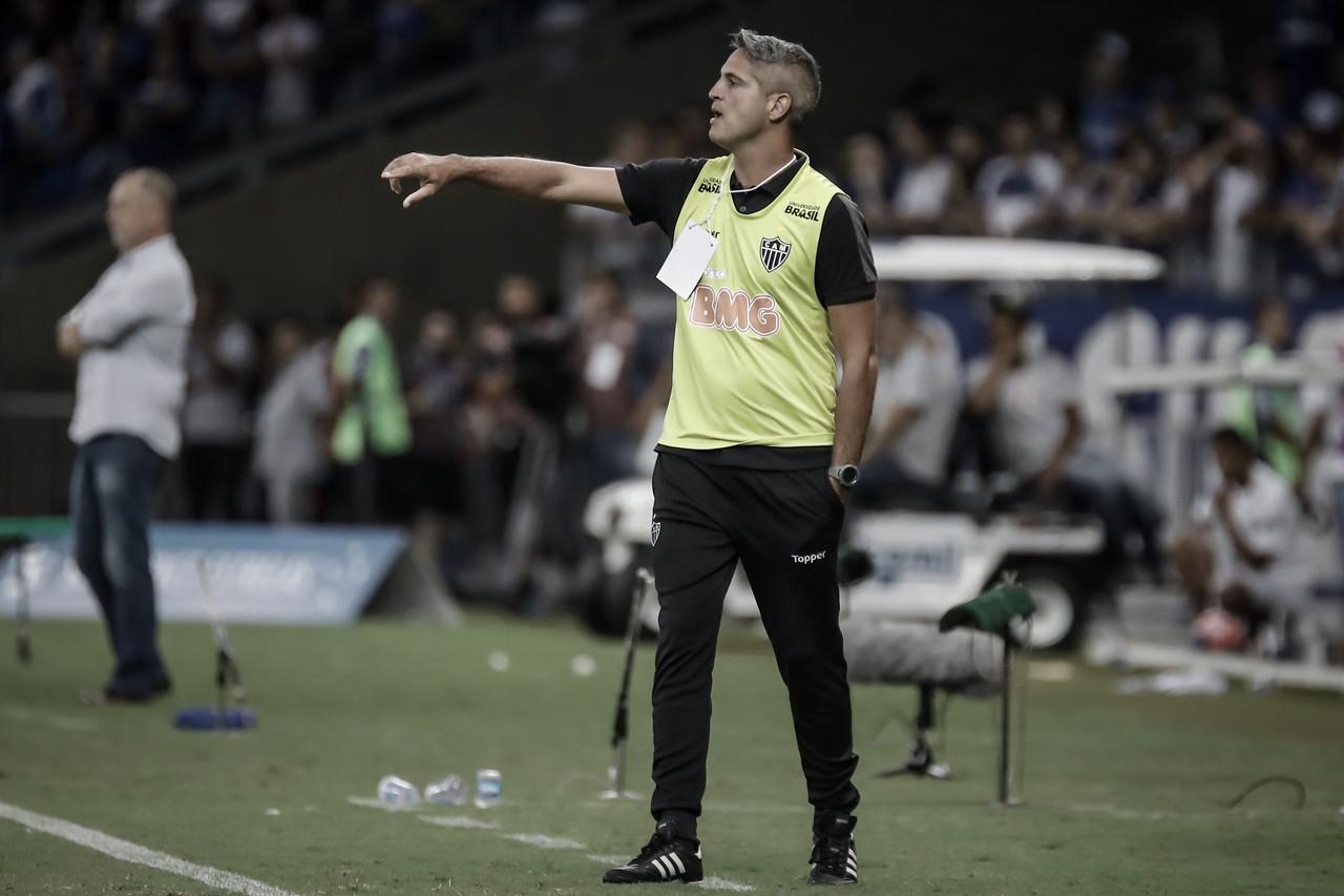 """Rodrigo Santana estreia pelo Atlético-MG em final e avalia: """"Satisfeito"""""""