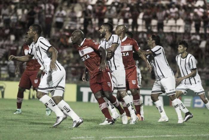 CRB vence Bragantino em primeiro tempo eficiente e volta a se aproximar do G-4