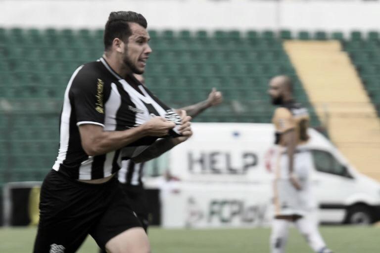 Figueirense sai atrás, mas empata com Criciúma pelo Catarinense