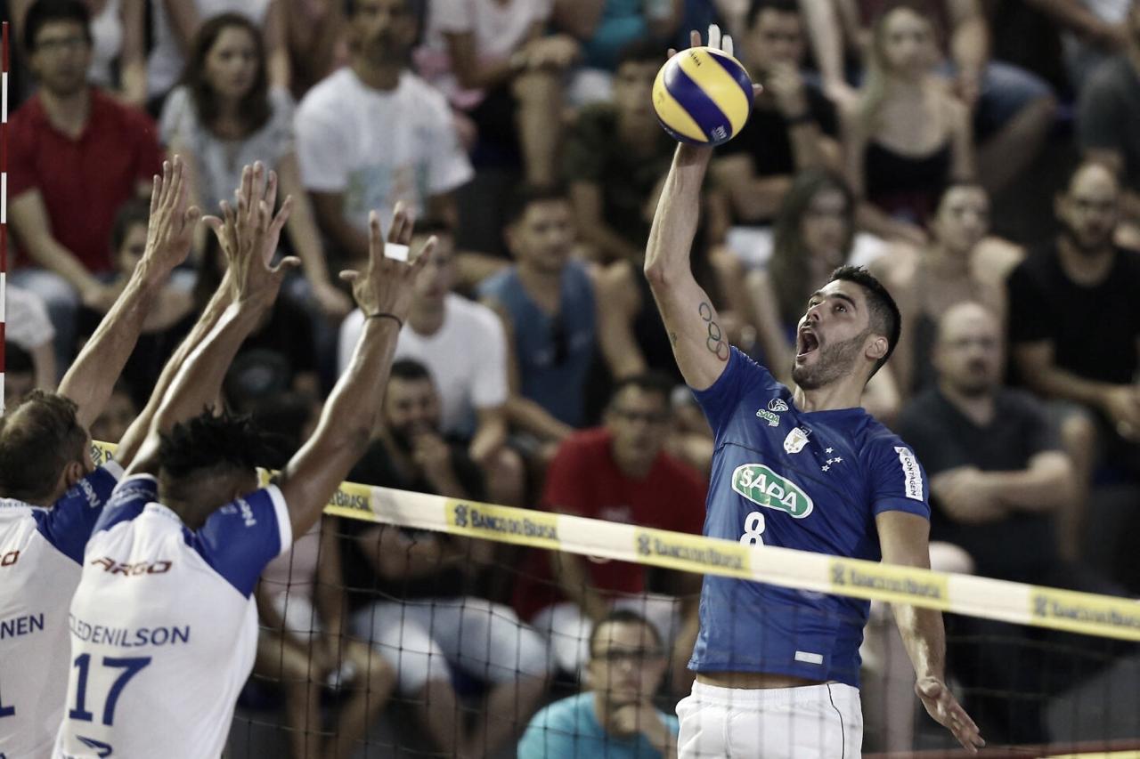Cruzeiro bate Minas e se consagra tetracampeão da Copa Brasil