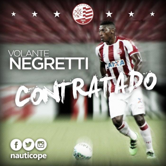Náutico confirma contratação de dois volantes: Negretti e Hygor