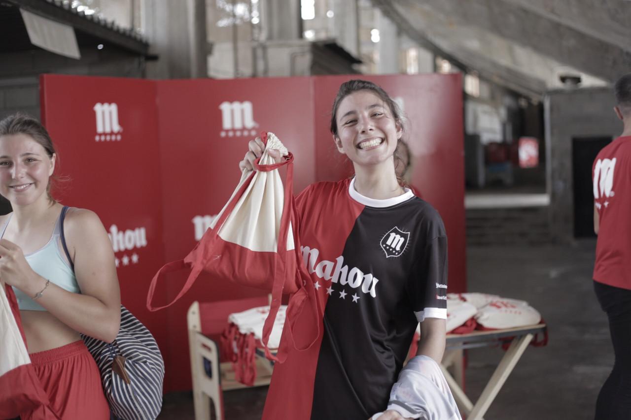 El 'Partido de las Estrellas' de Mahou hace disfrutar en el Rico Pérez de Alicante