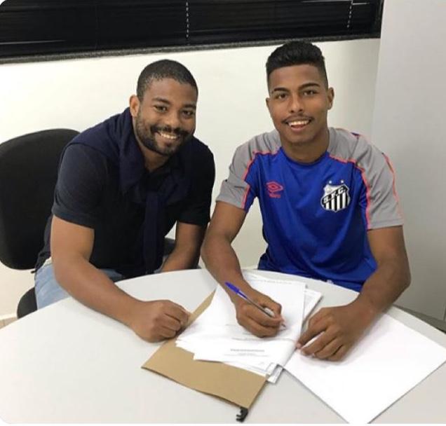 Gabriel Santos chega ao Santos para equipe sub-20