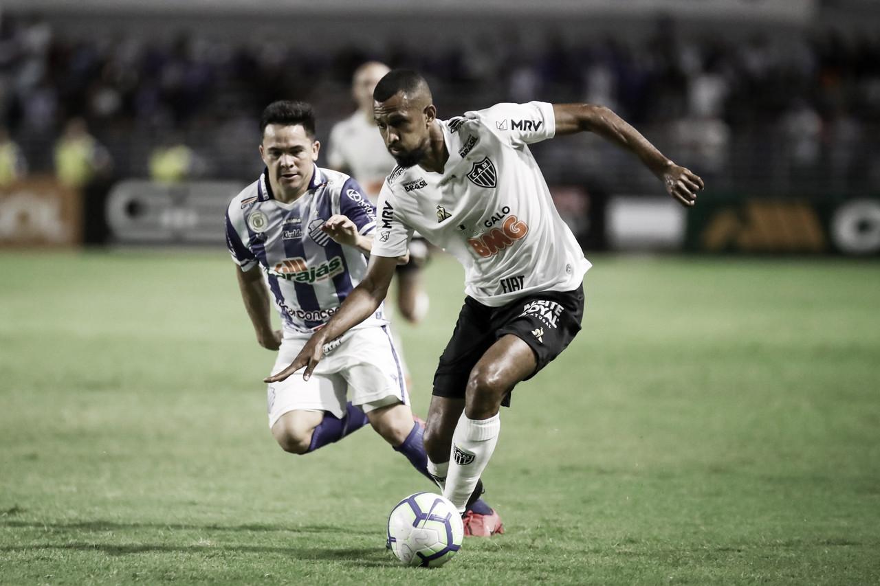 Atlético-MG vira, mas CSA arranca empate em Maceió