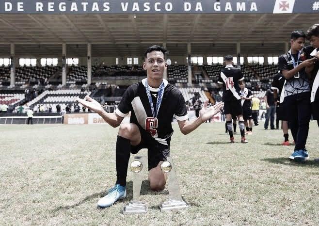 """Joia sub-17 do Vasco, Kauã Lucas mira sucesso no Brasileirão: """"Ser campeão é a melhor sensação"""""""