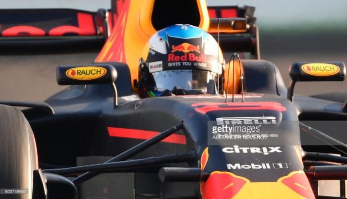 Ricciardo takes the spoils in frantic Azerbaijan GP - as it happened