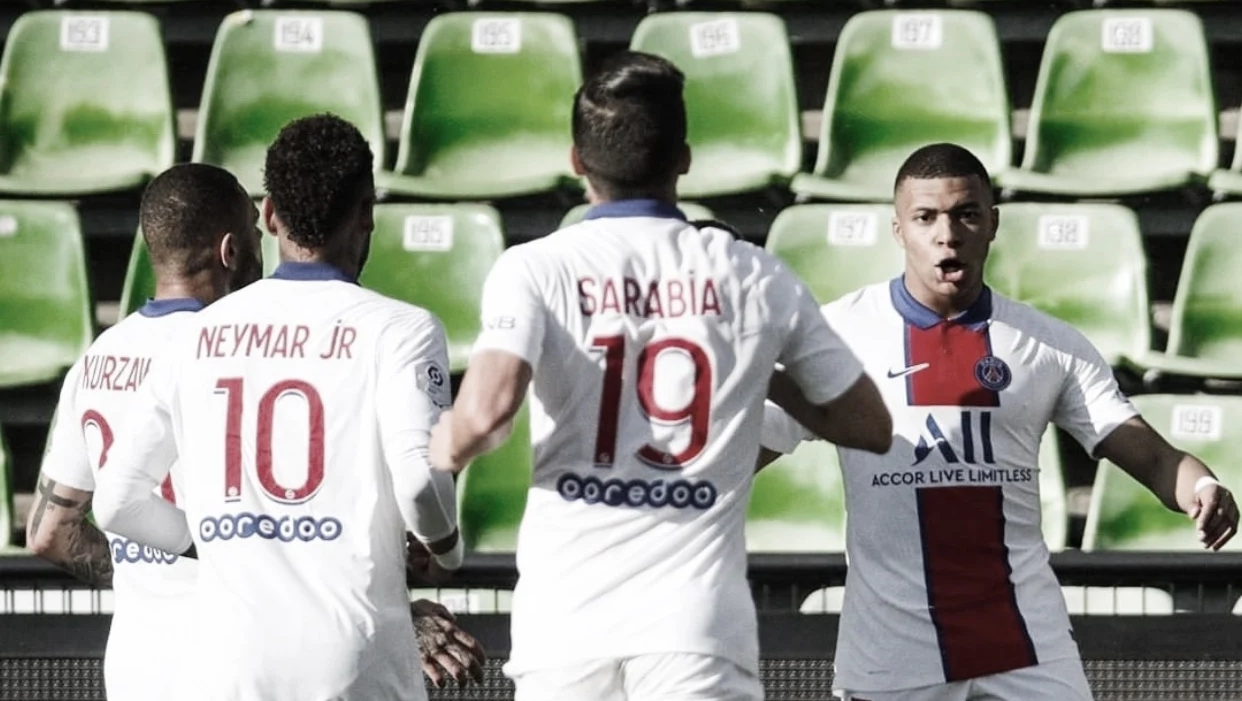 PSG vence Metz, garante liderança temporária e Mbappé vira preocupação para enfrentar Manchester City
